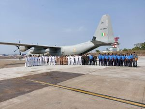IAF & Navy Step up Efforts to Ferry Oxygen & Medical Supplies